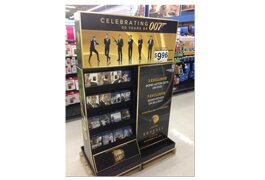 Walmart's Bond Display